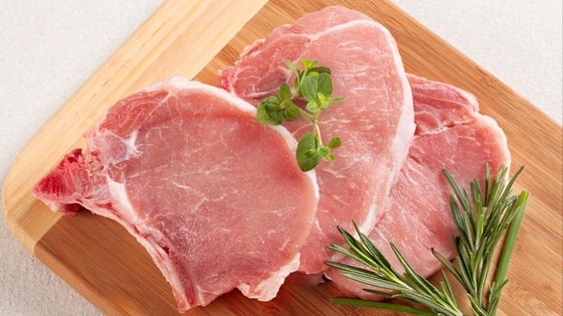 Độ đàn hồi là một trong những dấu hiệu quan trọng cần biết khi mua thịt heo