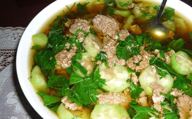 Canh rau đay cua đồng là món ăn dân giã, được nhiều người ưa thích nhưng ít ai biết món ăn này có tác dụng chữa bệnh trị hiệu quả