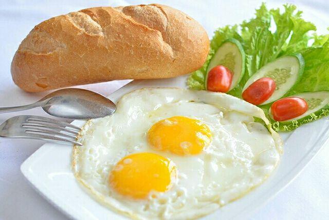 Gợi ý các món ăn sáng đơn giản mà giàu dinh dưỡng cho cả nhà - Ảnh 1