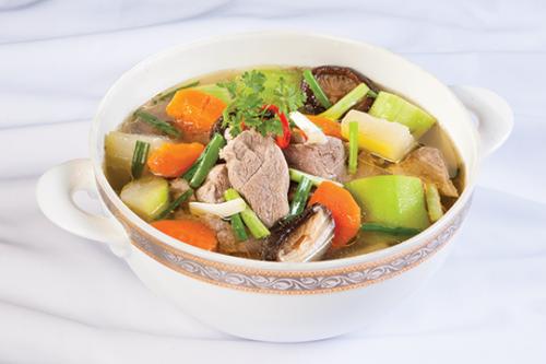 Những ngày trời nắng nóng, chị em thường bổ sung món ăn này vào thực đơn để giải nhiệt cho cả nhà.Tuy nhiên, ít ai biết rằng đây là món ăn