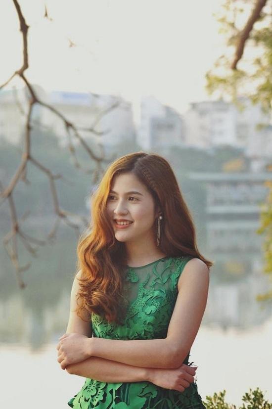 Những người vợ vừa xinh vừa giỏi làm hậu phương vững chắc cho các nam diễn viên điển trai Việt - Ảnh 10
