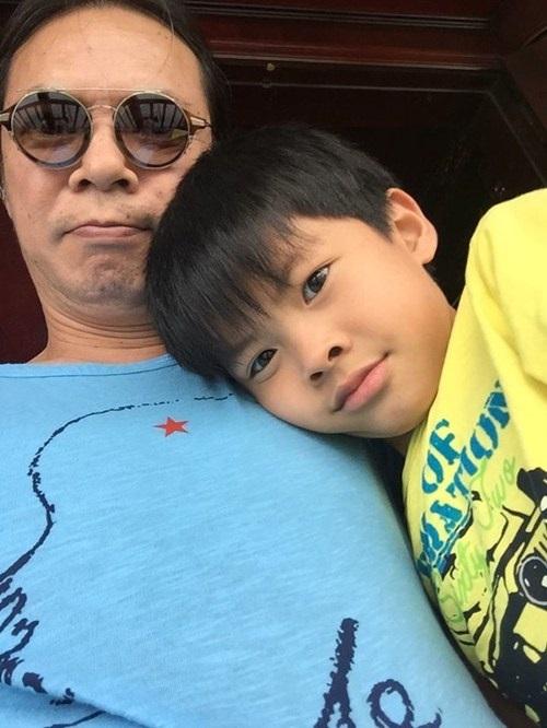 Trần Lực 'thắt tim' vì sung sướng khi đọc văn con trai tả bố - Ảnh 1