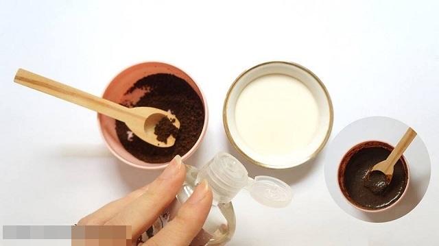 Bã cà phê và sữa chua có tác dụng tẩy tế bào chết rất tốt - Ảnh: Internet