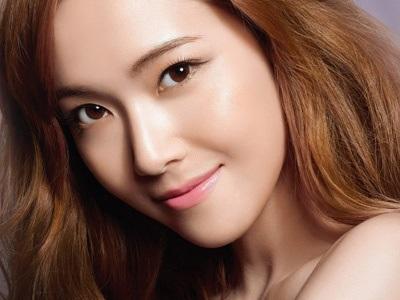 Trang điểm cho mắt sâu đẹp tự nhiên kiểu Hàn Quốc