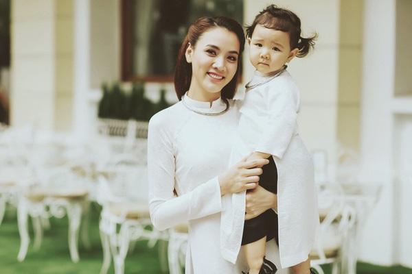 Phản ứng khó đỡ của mẹ chồng người mẫu, diễn viên Trang Nhung khi biết con dâu có thai lần 2 - Ảnh 1