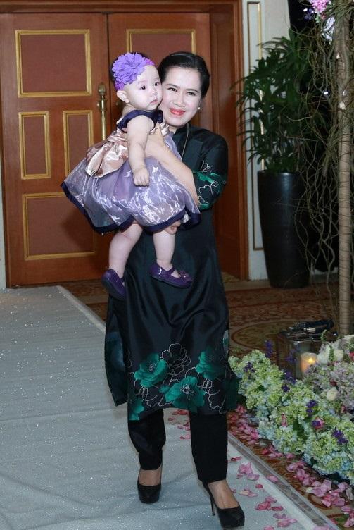 Phản ứng khó đỡ của mẹ chồng người mẫu, diễn viên Trang Nhung khi biết con dâu có thai lần 2 - Ảnh 3