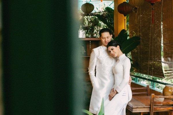 Ngắm trọn bộ ảnh cưới truyền thống đẹp lung linh của Trang Trần cùng ông xã Việt kiều Louis Trần - Ảnh 4
