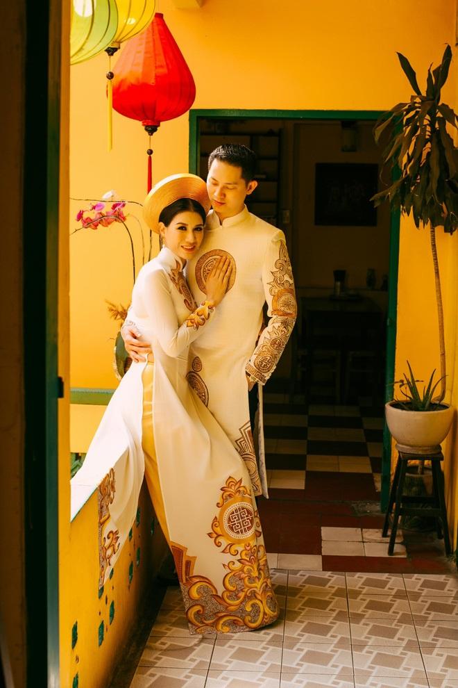 Ngắm trọn bộ ảnh cưới truyền thống đẹp lung linh của Trang Trần cùng ông xã Việt kiều Louis Trần - Ảnh 6
