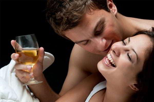 Bí mật cả đời đàn ông chẳng bao giờ dám tiết lộ khi lên giường, nhưng phụ nữ nên biết để giúp chồng 'lên đỉnh' - Ảnh 1
