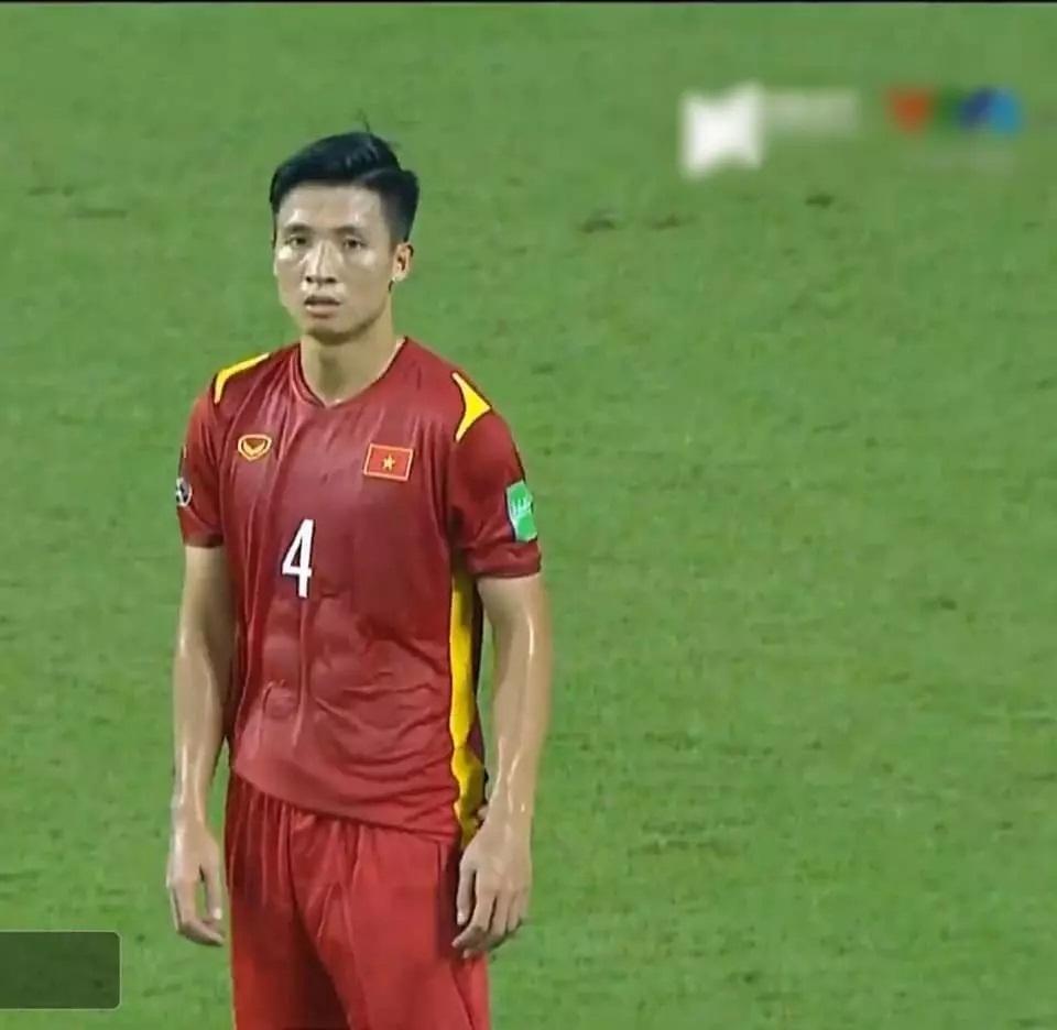 Khoe body dàn trai đẹp đội tuyển Việt Nam khiến chị em mất ngủ - Ảnh 6
