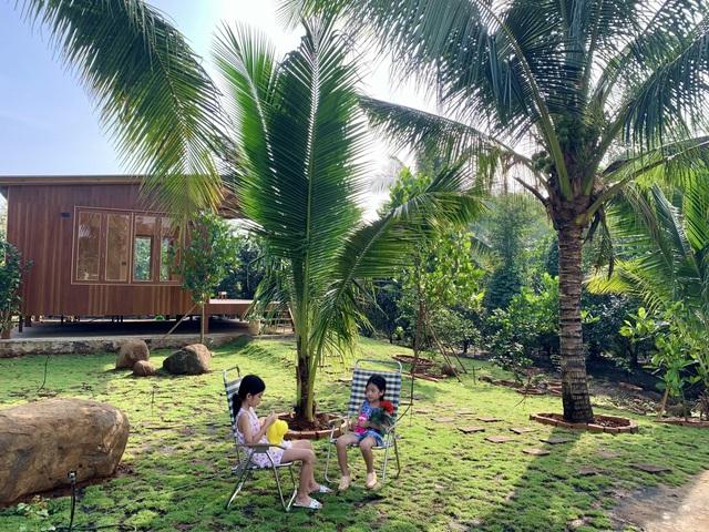 Nhà vườn 'đổi gió' rộng 4.000m2 của ông bố Sài Gòn dành tặng vợ con - Ảnh 2