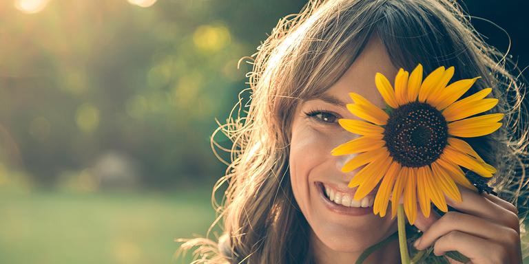 5 lời khuyên từ những người đi trước, nếu muốn bản thân tránh được thiệt thòi thì hãy học ngay - Ảnh 1