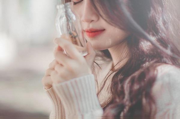 Bí mật trong giao tiếp giúp phụ nữ tỏa sáng ngời ngời, thu hút mọi ánh nhìn của người khác giới - Ảnh 1