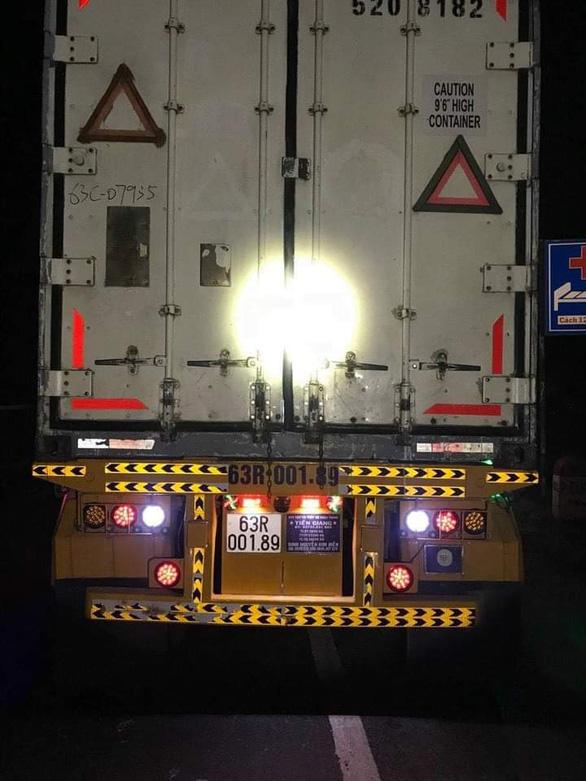 Sau tai nạn, thi thể nạn nhân bị kéo lê dưới gầm xe container khoảng 60km mới phát hiện - Ảnh 2