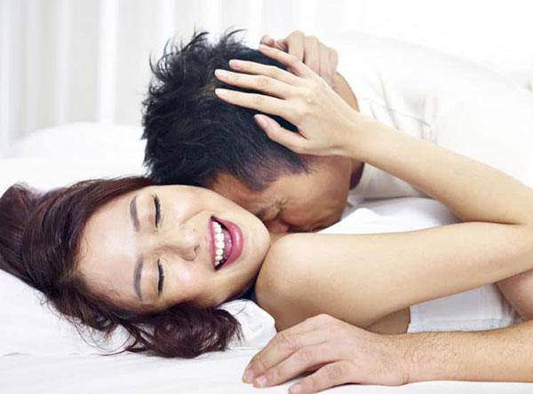 Những lợi ích 'KHÔNG TƯỞNG' về việc quan hệ tình dục đều đặn, cả đàn ông và phụ nữ đều phải ghi nhớ - Ảnh 1