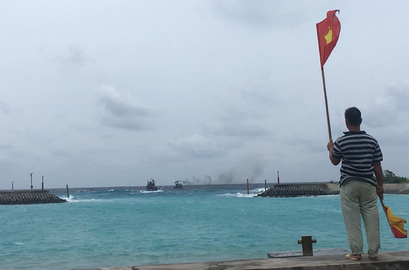 Bão số 9 đang gây gió cấp 8-9 tại đảo Song Tử Tây - Ảnh 2