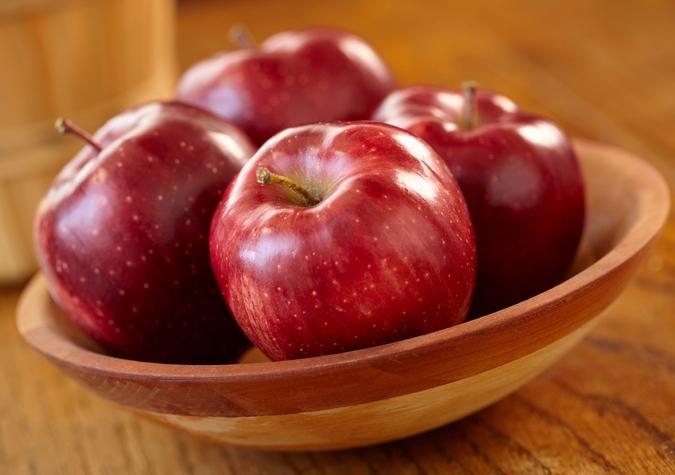 4 loại trái cây màu đỏ giúp cơ thể tăng cường hệ miễn dịch, bạn nên dự trữ trong nhà để dùng dần trong mùa này nhé - Ảnh 1