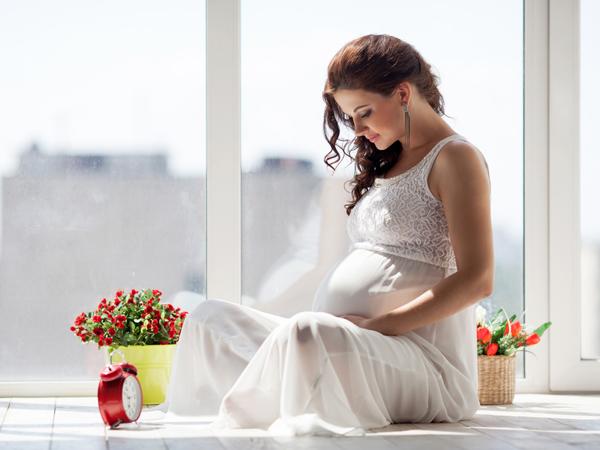 Những tư thế ngồi 'CẤM KỴ' của mẹ bầu, nếu không chú ý có thể gây hại đến thai nhi - Ảnh 1