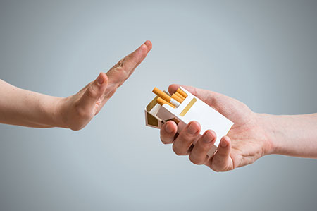 '2 đau, 1 lồi' trên cơ thể cảnh báo dấu hiệu của người bị ung thư phổi, muốn bảo vệ tính mạng nên đi kiểm tra ngay - Ảnh 2