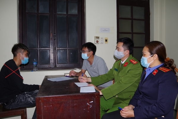 Kẻ sát hại bạn gái 16 tuổi ở Hà Nam bị khởi tố - Ảnh 1