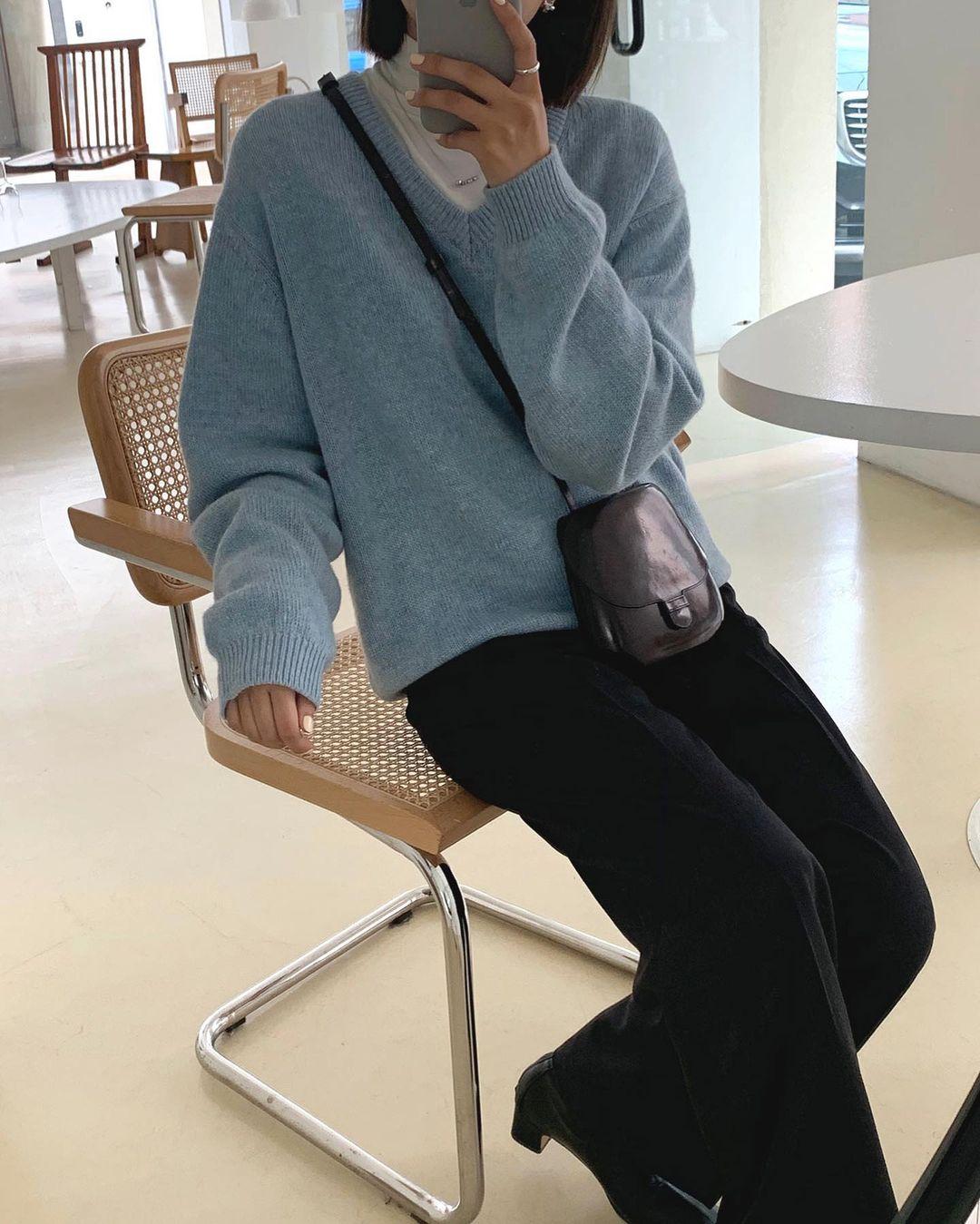 Gái Hàn diện quần đen rất nhiều nhưng luôn xịn đẹp chứ không nhàm chán, đó là vì họ có 4 tips - Ảnh 12