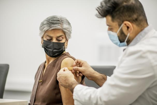 Nestlé ủng hộ gần 49 tỷ đồng tiếp cận công bằng với vaccine COVID-19 thông qua cơ chế COVAX - Ảnh 2