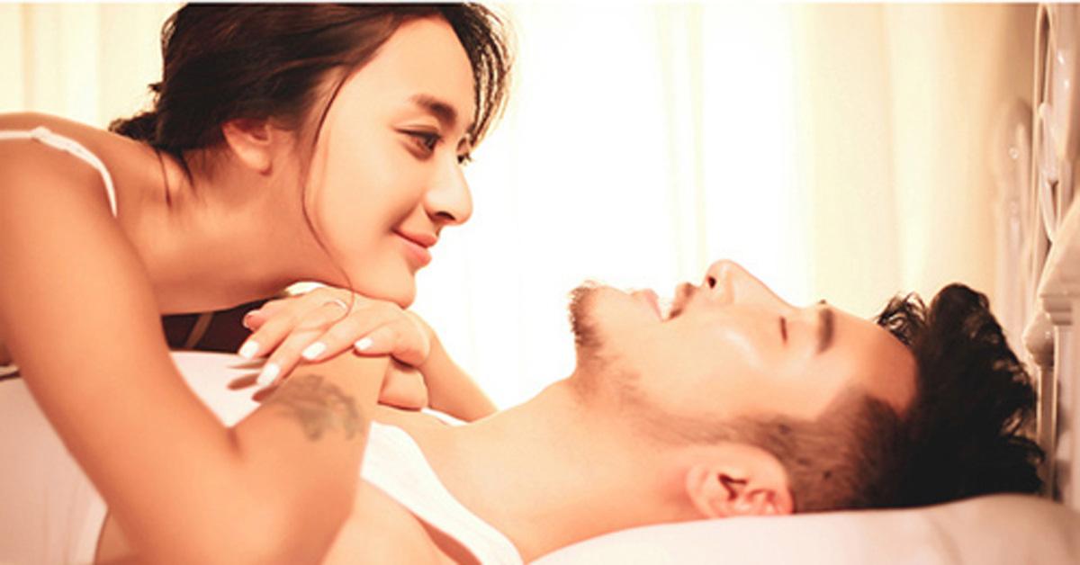 3 'ĐIỂM CẤM' trên cơ thể đàn ông luôn khát khao được vợ mình 'chạm đến', phụ nữ khi 'yêu' đừng nên bỏ qua - Ảnh 1