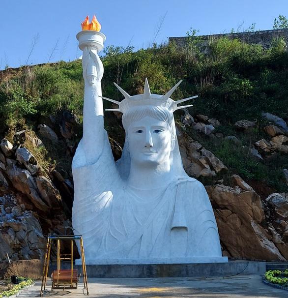 Chủ tượng 'Nữ thần Tự do' bị 'ném đá' ở Sa Pa: Sinh con đâu ai mong nó thành quỷ sứ - Ảnh 1