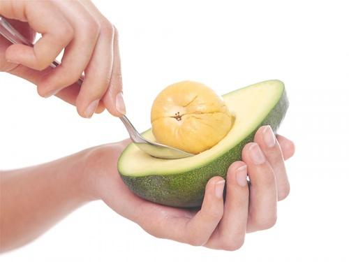 Không ngờ thứ bỏ đi của quả bơ lại có nhiều công dụng ngoài sức tưởng tượng, tốt cho tim, ngừa lão hóa - Ảnh 1