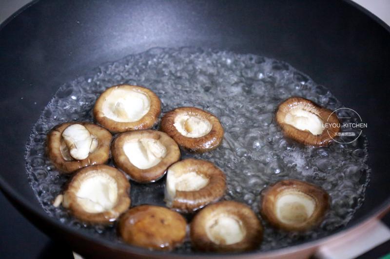 Trời lạnh đổi vị bữa sáng với bánh bao, giá thành rẻ lại lạ miệng, con ăn thun thút  - Ảnh 7