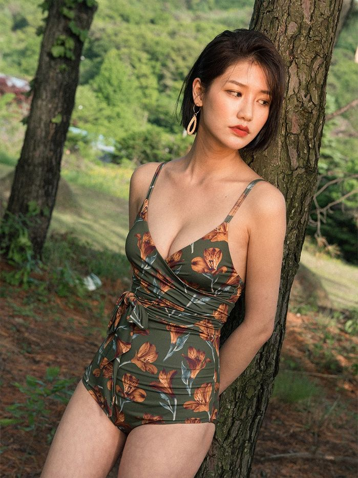 5 mâu bikini giúp các nàng giấu nhẹm vòng 2 'đẫy đà' lấy lại eo thon chỉ trong tích tắc - Ảnh 9
