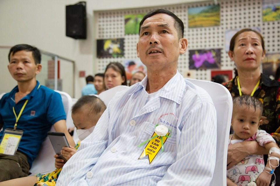 Hà Nội: Nghẹn ngào nước mắt nghe bệnh nhi hát 'Mẹ yêu ơi' trong Vu Lan báo hiếu ở bệnh viện  - Ảnh 6