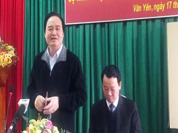 Bộ trưởng Phùng Xuân Nhạ cảm thấy đau lòng trong vụ hiệu trưởng bị tố lạm dụng tình dục học sinh nam ở Phú Thọ - Ảnh 1