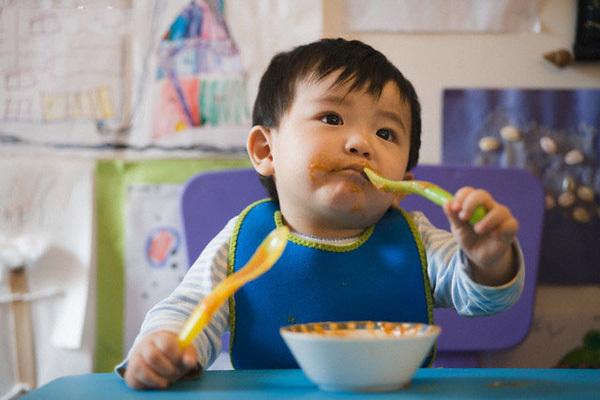 Chuyên gia dinh dưỡng lý giải 3 nguyên nhân khiến trẻ không hứng thú với bữa ăn - Ảnh 3