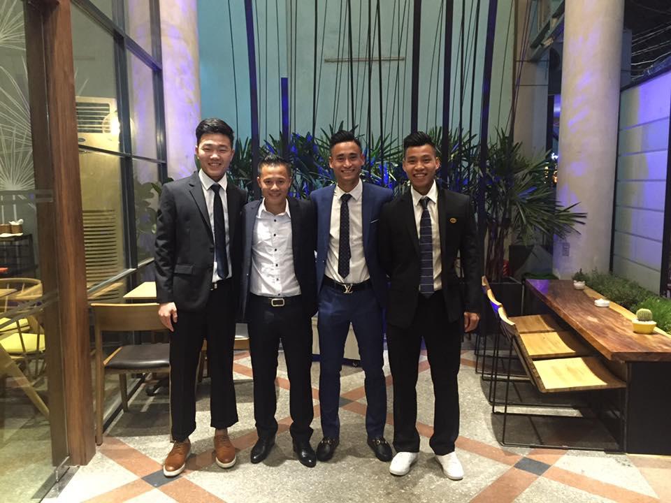 Đọ độ 'nam thần' của các cầu thủ U23 Việt Nam khi diện vest lịch lãm - Ảnh 2