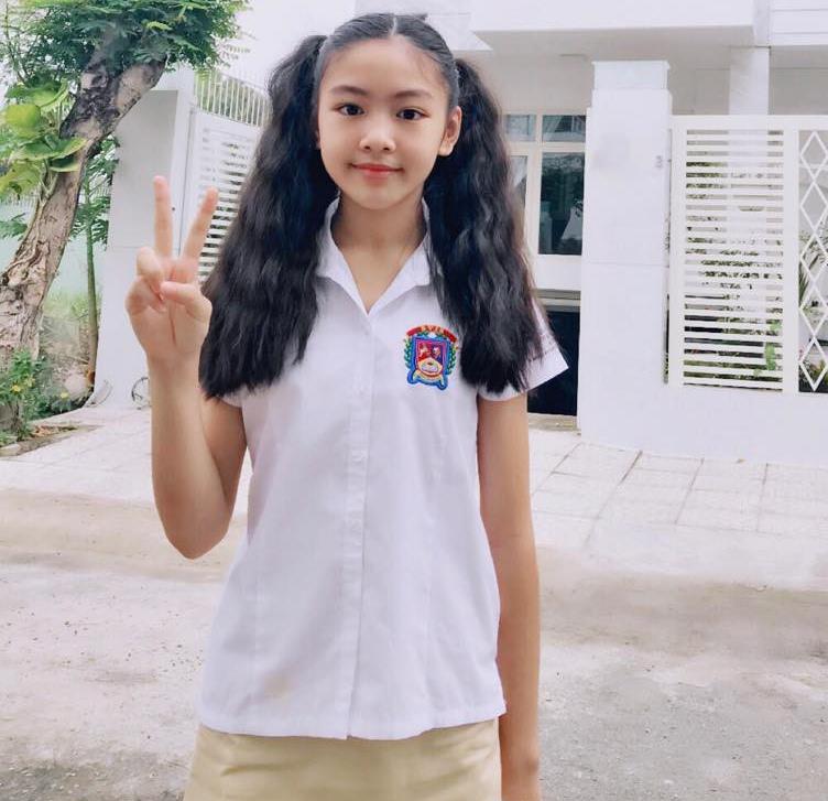Con gái 13 tuổi của Quyền Linh được khen giống Tiểu Vy, dân mạng dự đoán là hoa hậu tương lai - Ảnh 5
