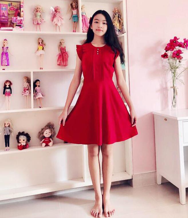 Con gái 13 tuổi của Quyền Linh được khen giống Tiểu Vy, dân mạng dự đoán là hoa hậu tương lai - Ảnh 6