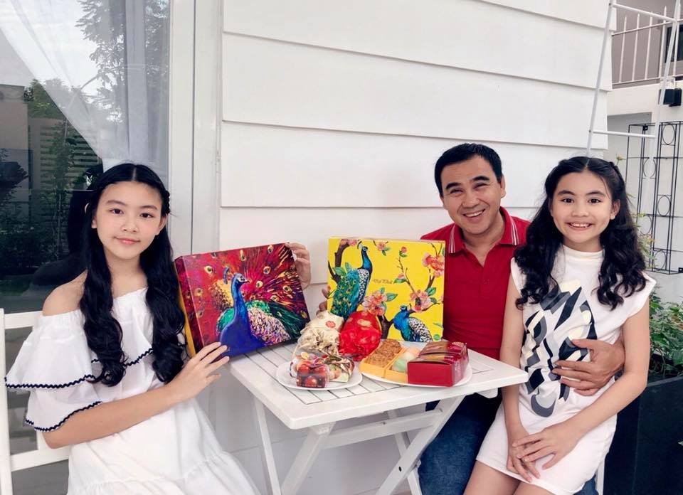 Con gái 13 tuổi của Quyền Linh được khen giống Tiểu Vy, dân mạng dự đoán là hoa hậu tương lai - Ảnh 7
