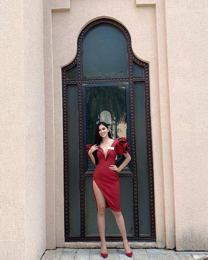 Chiếc váy tạo nên 'kỳ tích' cho 3 nàng Hoa hậu Việt Nam ở đấu trường nhan sắc quốc tế - Ảnh 2