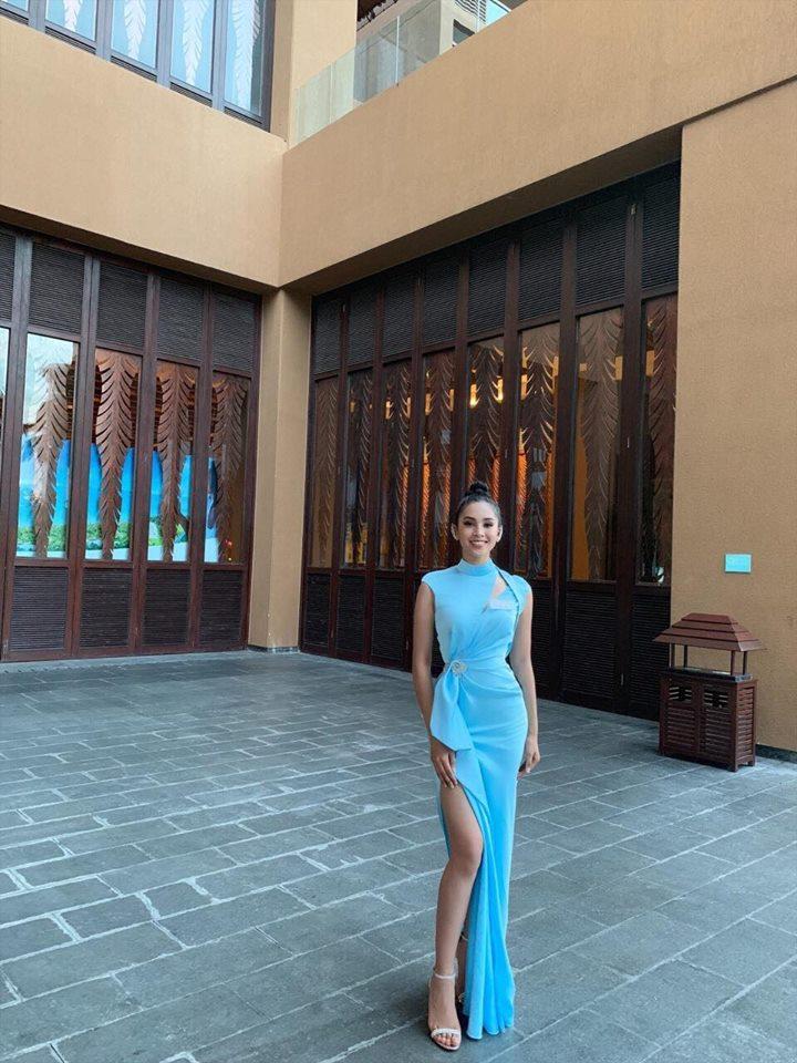 Chiếc váy tạo nên 'kỳ tích' cho 3 nàng Hoa hậu Việt Nam ở đấu trường nhan sắc quốc tế - Ảnh 3
