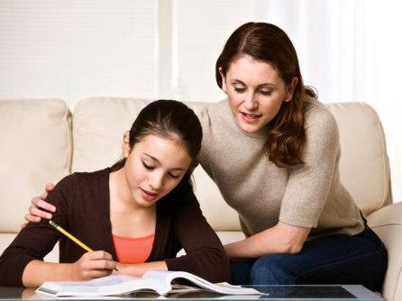 Cha mẹ cần có những cuộc trò chuyện thẳng thắn và sâu sắc hơn với con cái về tình dục