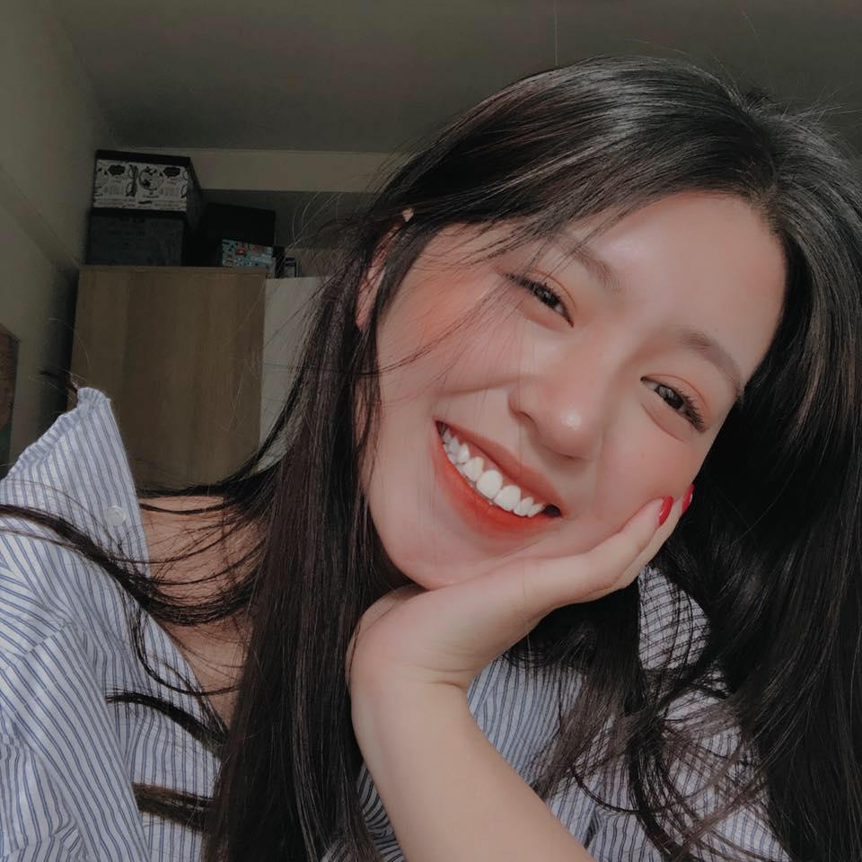 'Thả rông' và diện bra với quần jeans, hot girl Mẫn Tiên chính thức gia nhập 'hội mỹ nhân hở bạo' - Ảnh 1