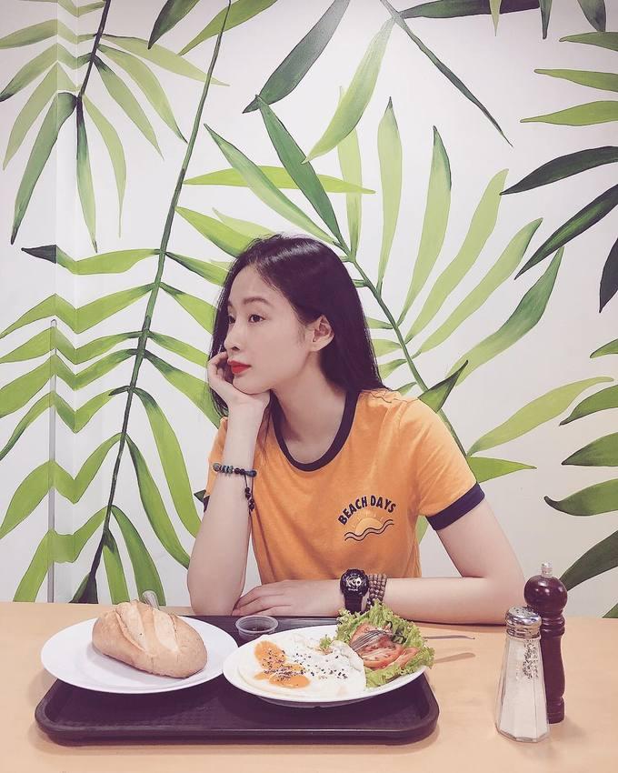 'Bà mẹ nhí' Angela Phương Trinh 'nghiện' ăn chay để giữ thân hình 'bốc lửa' - Ảnh 7