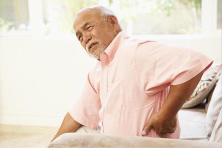 Nguyên nhân chủ yếu gây ra thoái hóa khớp là sự lão hóa theo tuổi già