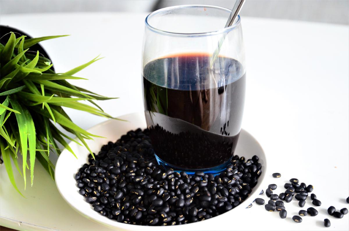 Đậu đen xanh lòng giàu vitamin B9 - thành phần quan trọng giúp bạn có mái tóc đen nhánh và cải thiện tình trạng bạc sớm