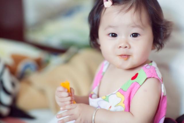 Những lợi ích bất ngờ từ 'siêu thực phẩm' khoai lang cho trẻ bắt đầu ăn dặm - Ảnh 1