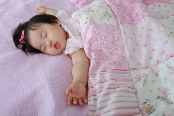 Trẻ đổ mồ hôi vào ban đêm – dấu hiệu cảnh báo những căn bệnh nguy hiểm - Ảnh 3