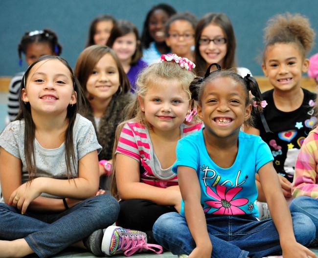 Vì sao trẻ em Mỹ thường hạnh phúc và năng động hơn trẻ em ở các nước khác? - Ảnh 3