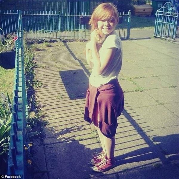 Rúng động: Nữ sinh 14 tuổi treo cổ tự tử trong tủ quần áo vì bất mãn với cân nặng, ngoại hình bản thân - Ảnh 2