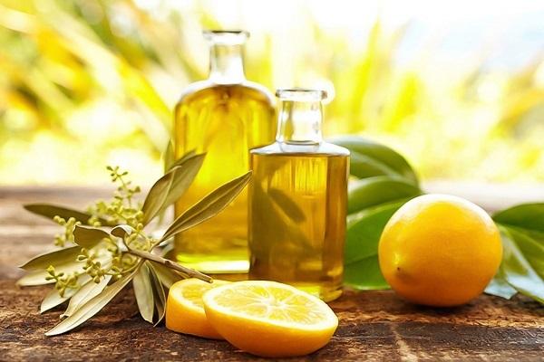 Kết hợp chanh và dầu oliu trị rụng tóc tốt